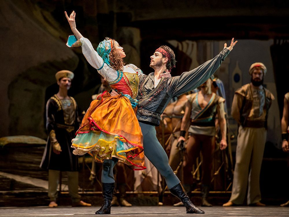 © wiener-staatsoper.at / Ashley Taylor | Ballet Le Corsaire